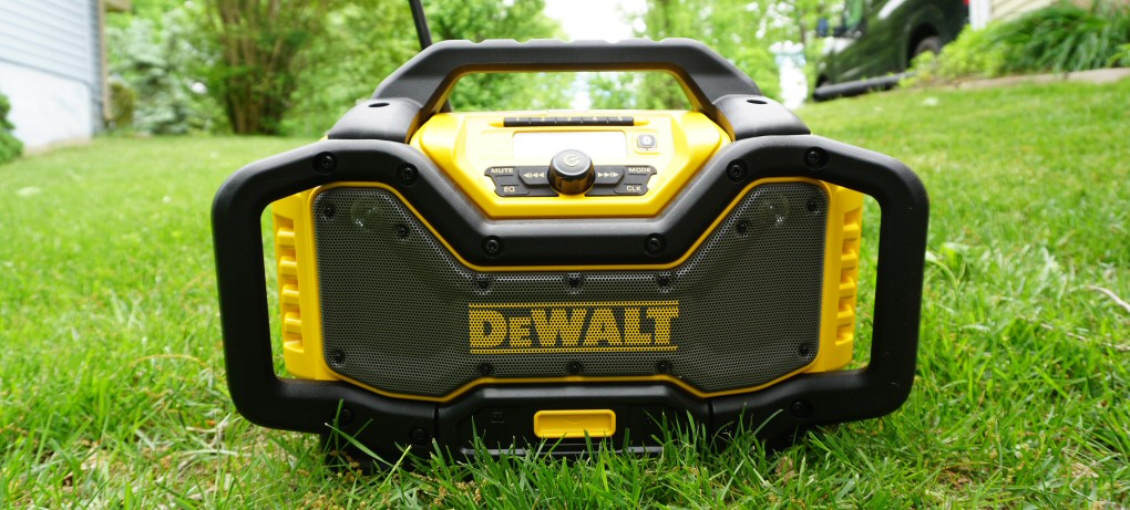 dewalt radio dcr025. we didn\u0027t do anything fancy to test am/fm reception other than tune into some stations that tend come in loud and clear baltimore. fm radio dewalt dcr025